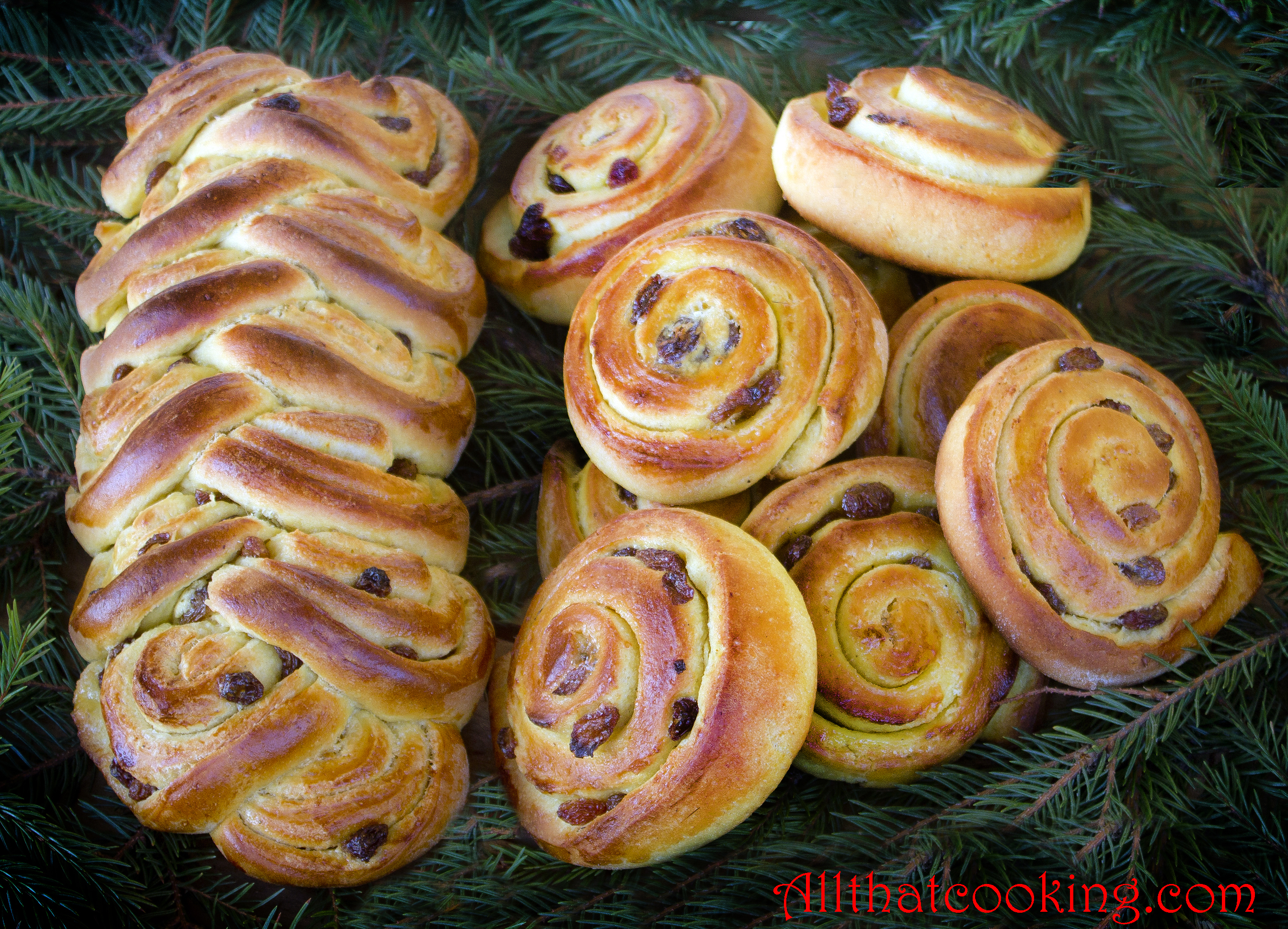 Saffransbullar Swedish Saffron Christmas Bread | All That Cooking