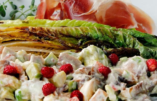0833   2olis summer salad