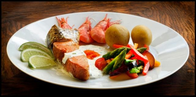 Warm smoked salmon dish